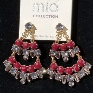 🆕️ MIA Dangle Earrings